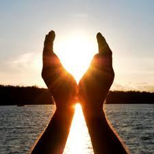 hands_to_sky